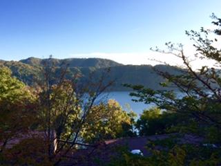 10月:笹ヶ峰・苗名滝・戸隠・野尻湖